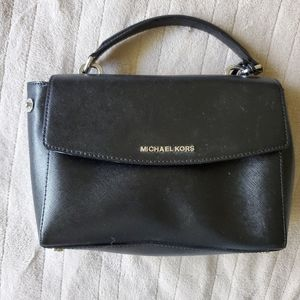 Michael Kors Genuine Leather Black hand bag